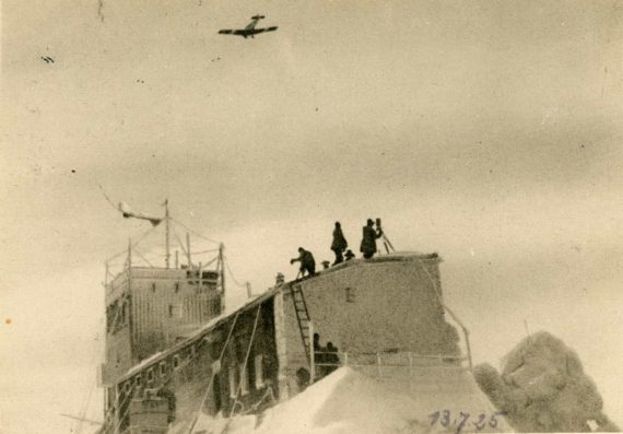 Flug-ueber-das-Muenchner-Haus-1925-DAV-Archiv